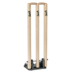 kookaburra-spring-return-cricket-stumps-500x500.png