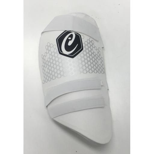 ICON SIGNATURE THIGH PAD