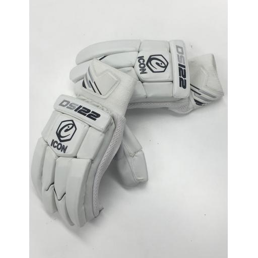 DS122 JUNIOR BATTINGS GLOVES